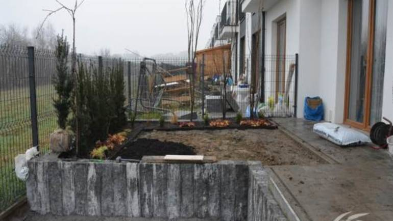 Zakładanie ogrodu – Mały ogródek w Wieliczce