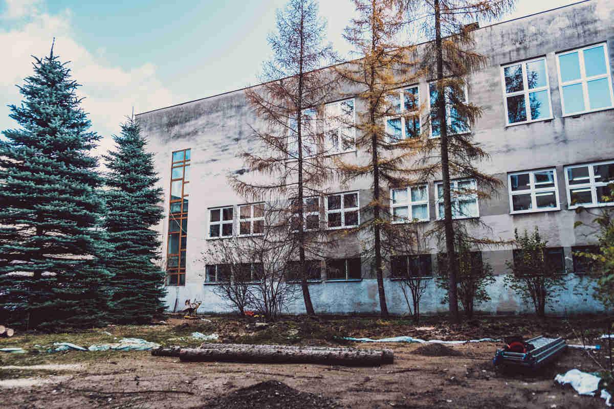 Ogród przy szkole podstawowej nr 149 w Krakowie