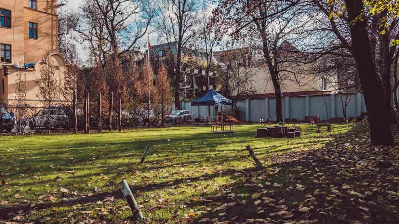 Rewitalizacja ogrodu przy Domu Kultury cz.2