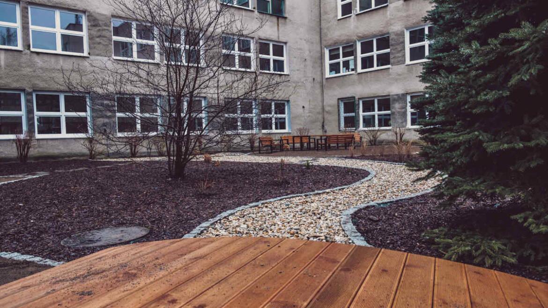 Ogród sensoryczny przy Szkole Podstawowej nr 149 w Krakowie